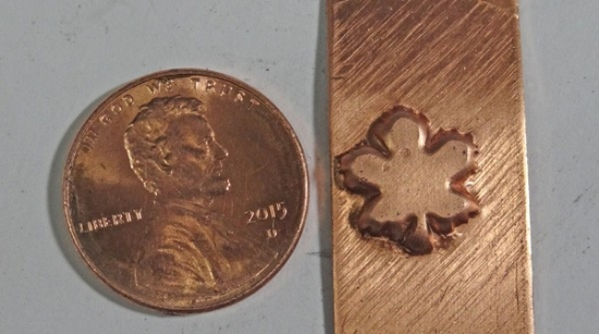 Picture of Shot Plate Die Maple Leaf