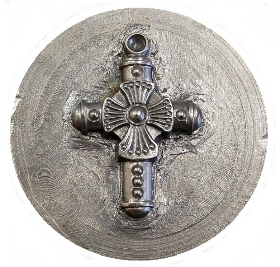 Picture of Impression Die Layered Cross