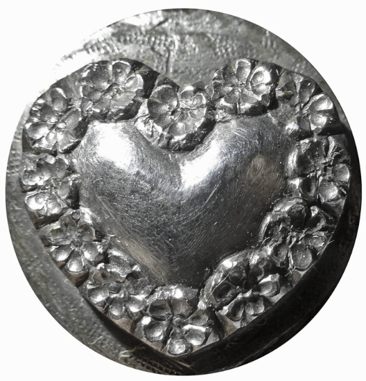 Picture of Impression Die Flower Bordered Heart