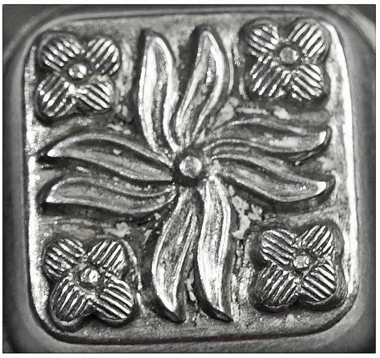 Picture of Impression Die Square Quad-Floral Button