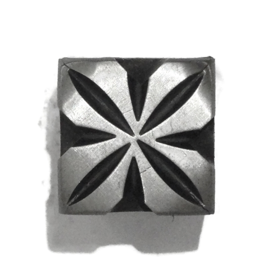 Picture of Impression Die Square Flower