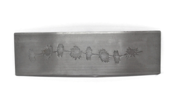 Picture of LIMITED TIME ONLY Daisy Chain Pattern Plate RMP050