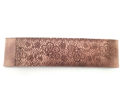 Picture of Scalloped Lace Copper Patterned Sheet - CFW096