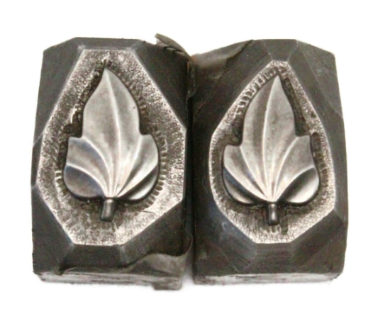 Picture of Impression Die Mirror Image Leaves